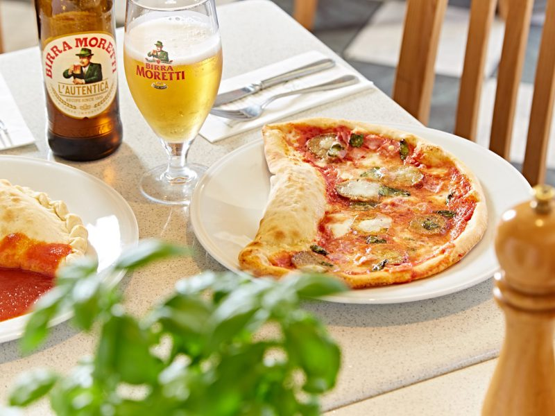 Pizza and a drink for £12